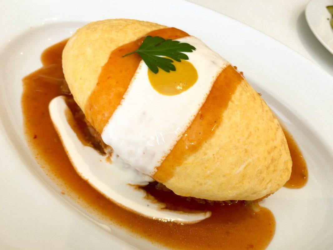 ケーキ屋さんの本格プチケーキが付いてくるメイプルハウスのランチビュッフェは満足度高し!です。