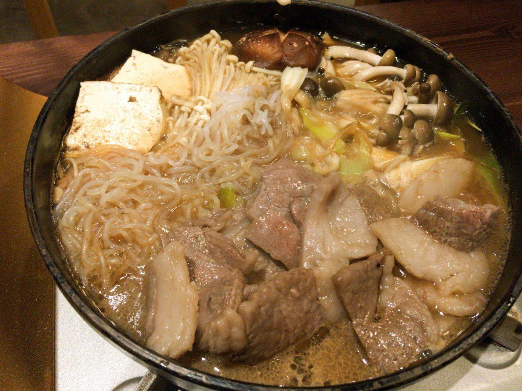 『居ろは』で牛鍋摘まんでみれば、文明開化の味がする!?