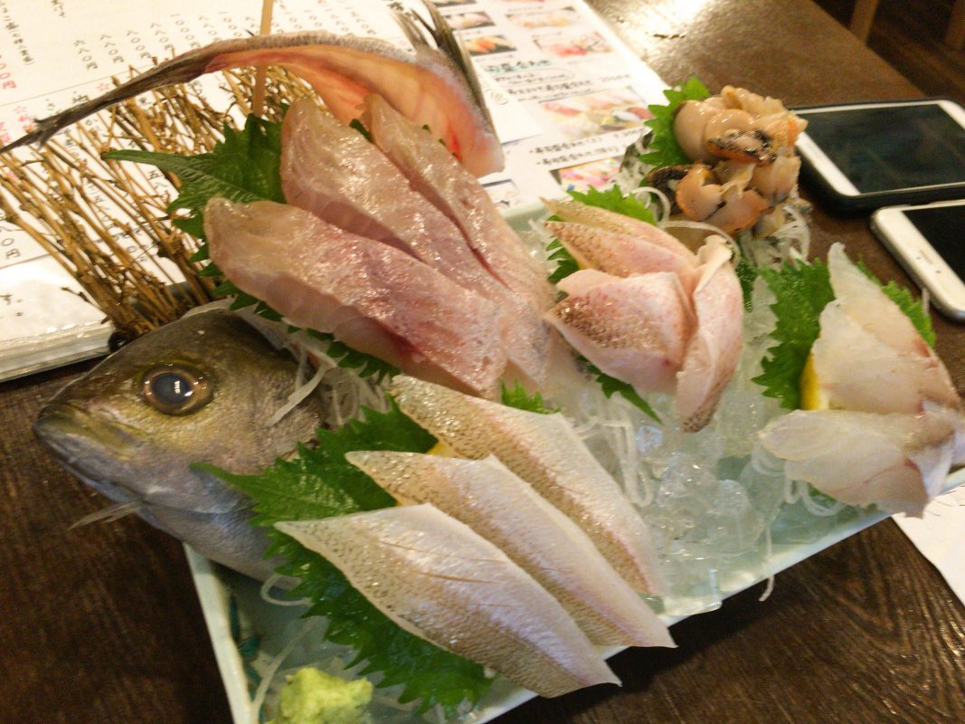 金沢の刺身の旨さを教えてくれた魚屋さんの居酒屋さん『魚笑』さんで最後の魚三昧なのです。