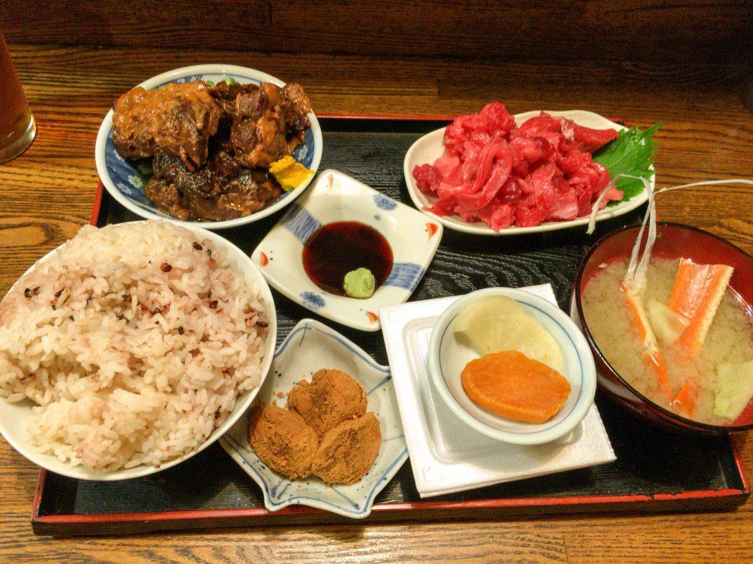 店名のない料理店。ってか隠れてんじゃん!?な『九州一食堂』。