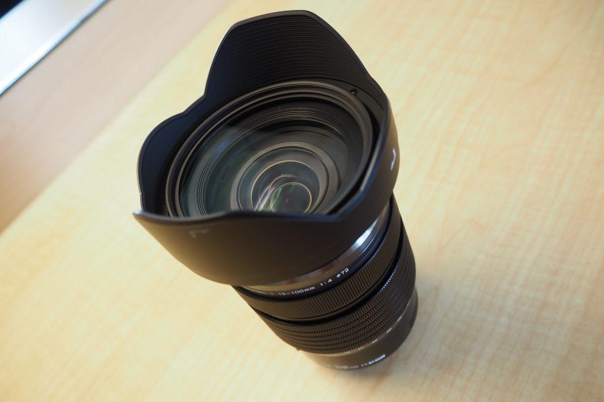 これ一本で広角域から望遠域まで!?お得な中三元レンズ【OLYMPUS M.ZUIKO ED 12-100mm f/4.0 IS PRO】