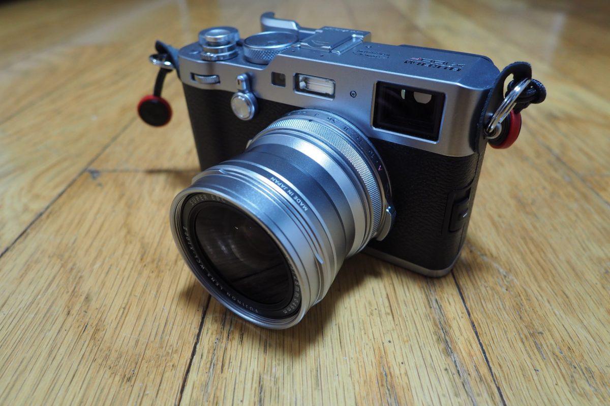 単焦点レンズのX100Fでもより広角域が欲しくなり、ワイコン導入です。