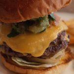 アーリーアメリカンな佇まいがとても心地よいハンバーガー屋さんな『FIRE HOUSE』。