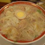 行列には理由があるワケで、スゴいワンタン麵な『広州市場』さん。